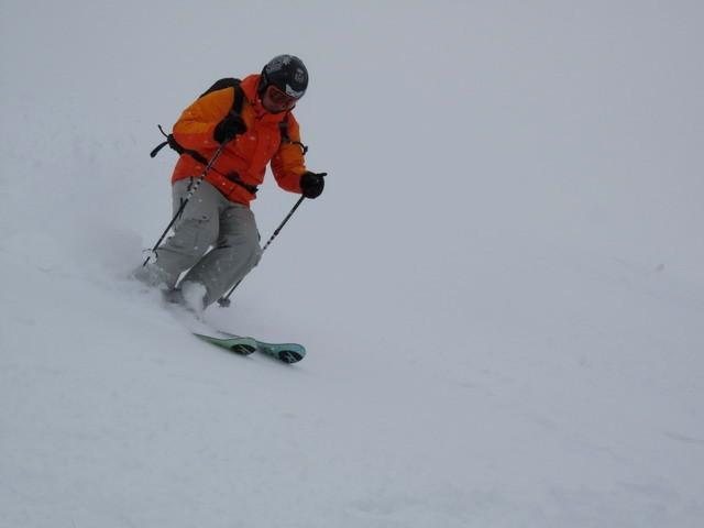 Мелкая нарезка склонов лыжами!